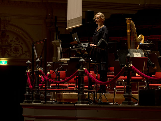 Op de bok in het concertgebouw